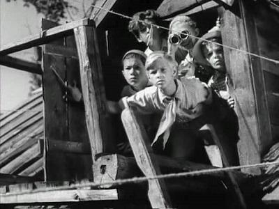 гайдар тимур и его команда сочинение по произведению